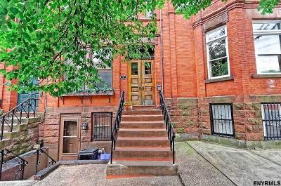 Albany Single Family Home For Sale: 356 Hudson Av
