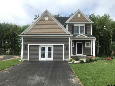 Colonie Single Family Home For Sale: 297 Old Niskayuna Rd