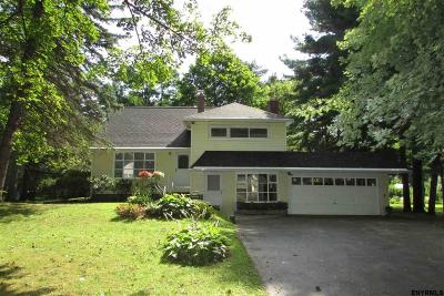 Colonie Single Family Home For Sale: 8 Patten Dr