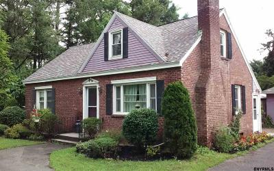 Colonie Single Family Home For Sale: 551 Albany Shaker Rd