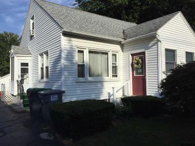 Niskayuna Single Family Home For Sale: 2467 Troy Schenectady Rd