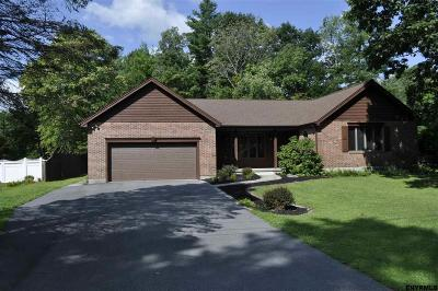 Ballston Spa Single Family Home For Sale: 329 Moonlight Dr