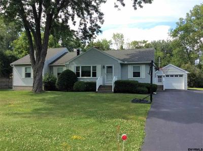 Guilderland Single Family Home For Sale: 2 Lenann Dr