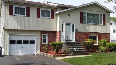 East Greenbush Single Family Home For Sale: 19 California Av