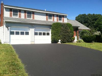 Menands Single Family Home For Sale: 5 Mountain View