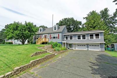 Saratoga County Single Family Home For Sale: 1443 Crescent Vischers Ferry Rd