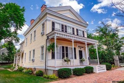 Saratoga Springs Single Family Home For Sale: 581 North Broadway