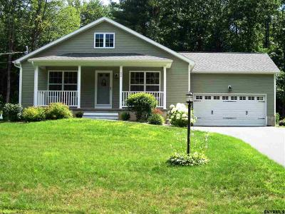 Wilton Single Family Home For Sale: 22 Tom Sawyer Dr