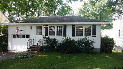 Schenectady NY Single Family Home Pend (Under Cntr): $109,900