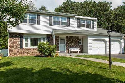 Single Family Home For Sale: 49 Green Meadows La