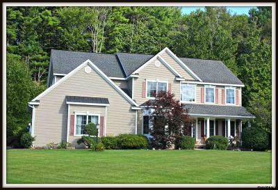 East Greenbush Single Family Home For Sale: 8 Madeline La
