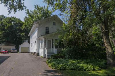 Gloversville Single Family Home For Sale: 202 E Fulton St