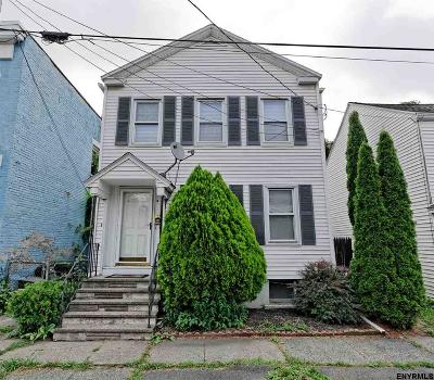 Watervliet Single Family Home For Sale: 2324 Broadway