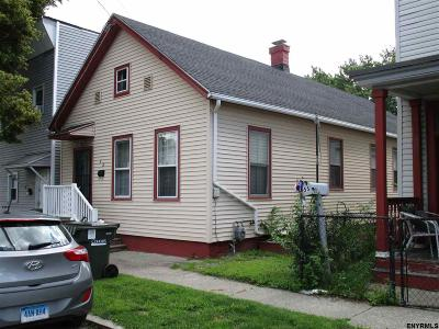 Cohoes Single Family Home For Sale: 53 Lincoln Av