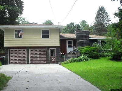 Kinderhook NY Single Family Home New: $209,900