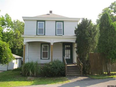 East Greenbush Single Family Home For Sale: 11 Manistee St