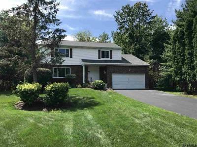 Colonie Single Family Home New: 5 Ritannie Ct