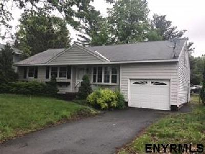 Colonie Single Family Home New: 4 Simon La