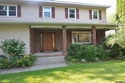 Colonie Single Family Home For Sale: 10 Starboard Way