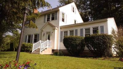Niskayuna Single Family Home For Sale: 1358 Van Antwerp Rd