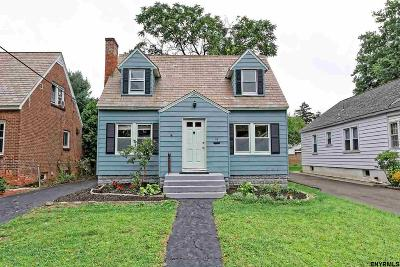Albany Single Family Home New: 19 Fordham Ct