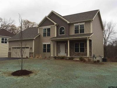 Colonie Single Family Home New: 86 Fiddlers La
