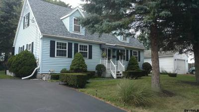 Johnstown Single Family Home For Sale: 21 Parkwood Av