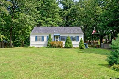 Voorheesville Single Family Home For Sale: 28 Pine St