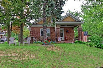 Colonie Single Family Home For Sale: 55 Park Av
