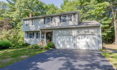 Wilton Single Family Home For Sale: 13 Stonehedge Dr