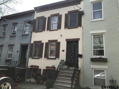 Albany Single Family Home For Sale: 198 Jay St