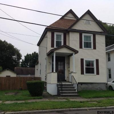 Watervliet Single Family Home For Sale: 1014 25th St