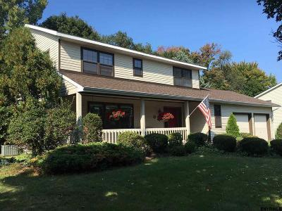 Malta Single Family Home For Sale: 14 Carlyle Ct