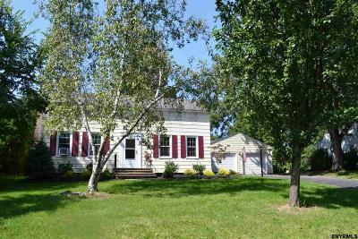 Niskayuna Single Family Home For Sale: 1565 Clifton Park Rd