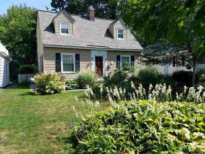 Niskayuna Single Family Home For Sale: 1356 Valencia Rd
