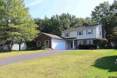 Niskayuna Single Family Home For Sale: 720 John Paul Ct