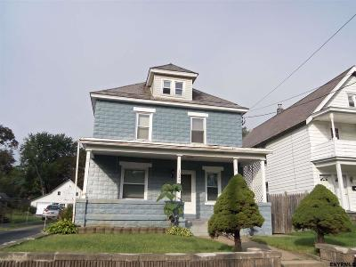 Schenectady Single Family Home For Sale: 1020 Helderberg Av