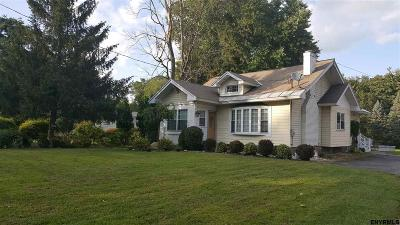 Niskayuna Single Family Home For Sale: 2461 Troy Schenectady Rd