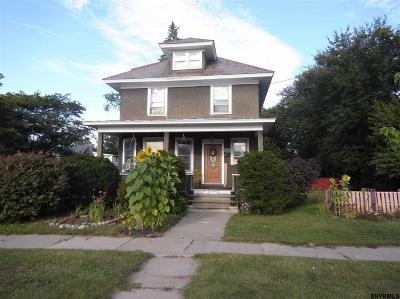 Schenectady Single Family Home For Sale: 803 Vischer Av