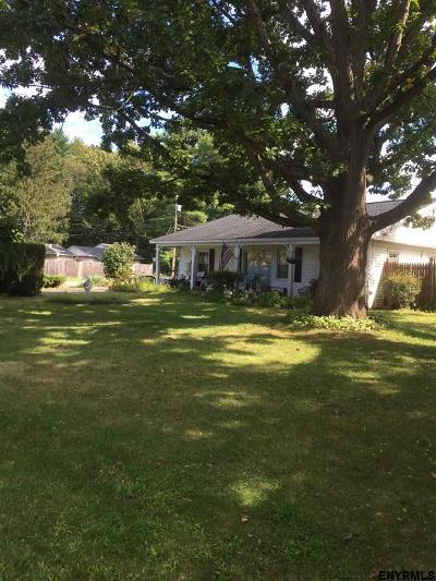 Schenectady Single Family Home For Sale: 3422 Gari La