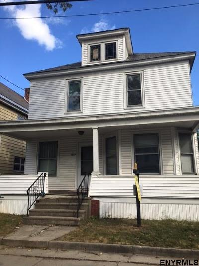 Schenectady Single Family Home For Sale: 1117 Willett St
