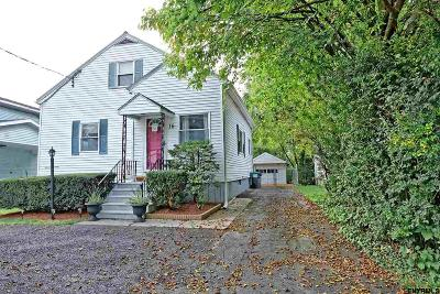 Colonie Single Family Home For Sale: 16 Arrow St
