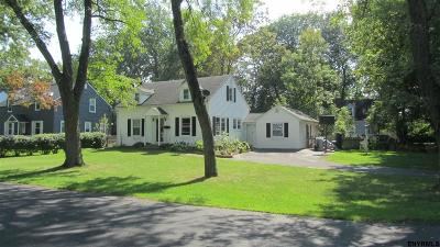 Niskayuna Single Family Home New: 1922 Regent St