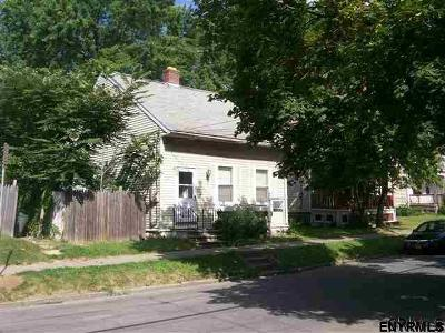 Albany NY Single Family Home For Sale: $60,000