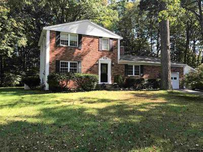 Clifton Park Single Family Home Price Change: 10 Lilac Ct