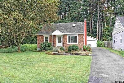 Guilderland Single Family Home For Sale: 21 Fletcher Rd