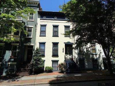Albany Single Family Home For Sale: 37 Dove St