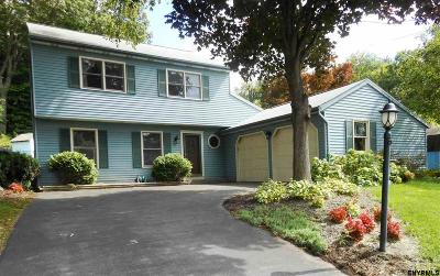 Clifton Park Single Family Home For Sale: 66 Carriage Rd