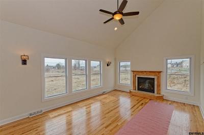 Halfmoon Single Family Home For Sale: 1e Julia Circle