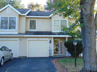 Clifton Park Single Family Home For Sale: 39 Stoney Creek Dr